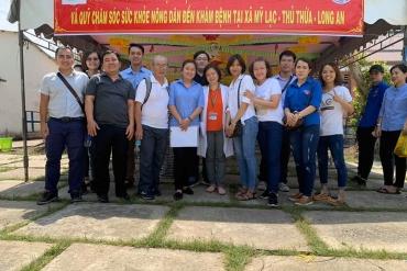 Khám và phát thuốc cho người dân có hoàn cảnh khó khăn tại xã Mỹ Lạc huyện Thủ Thừa tỉnh Long An ngày 26/10/2019